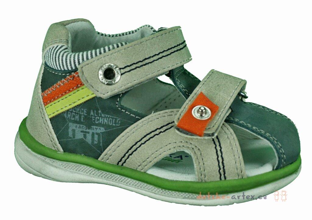 2eb3ddf6fbc3 dětská obuv Protetika s krytou špičkou velikost 19 a 20. dětské letní boty  s krytou špičkou