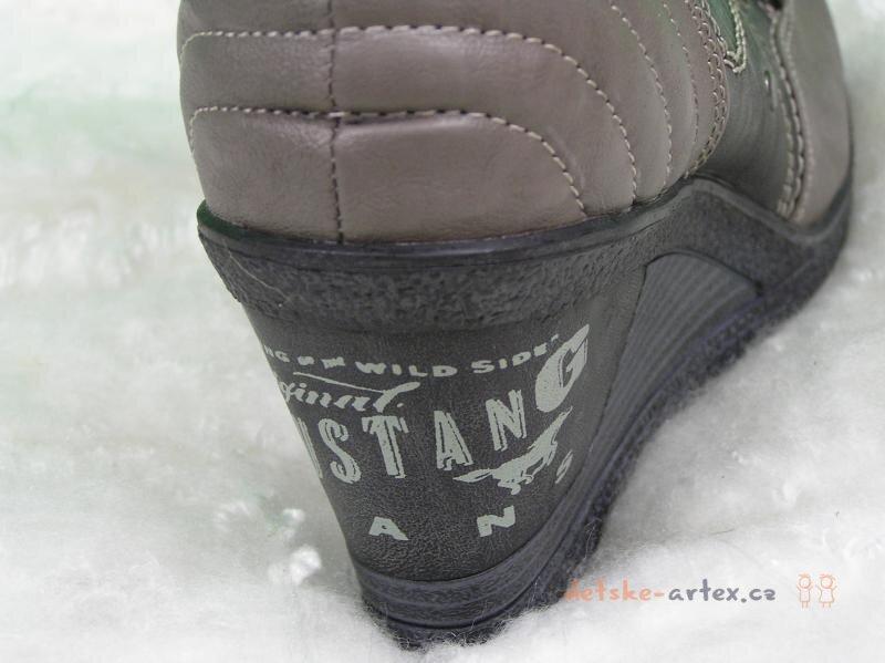 Mustang zimní dámské boty 40 - výprodej. -30%. Mustang ... 17cbea67eb